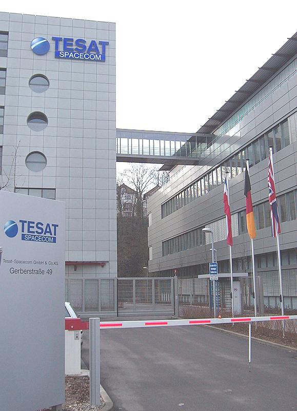 tesat_front_Building.jpg